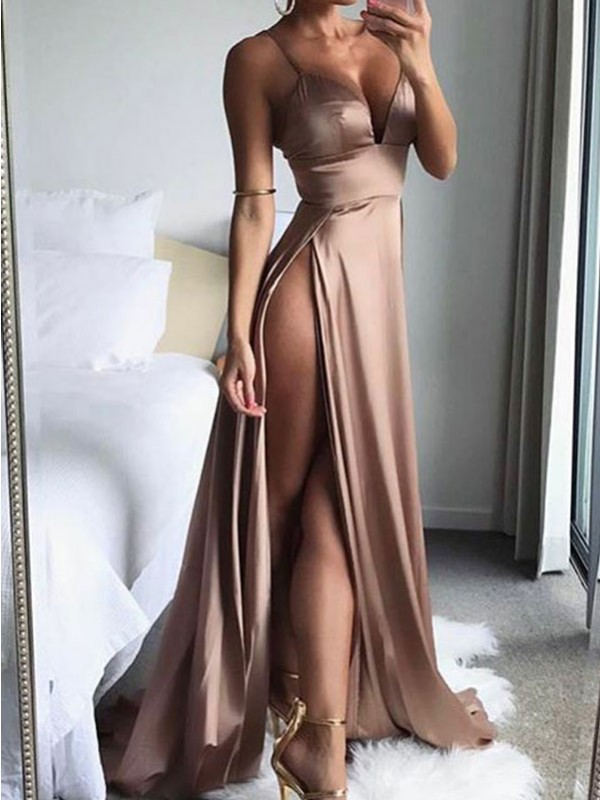 Forme Princesse Bretelles spaghetti Sans manches Charmeuse Balayage/Pinceau traîne Robe de soirée avec Fente devant