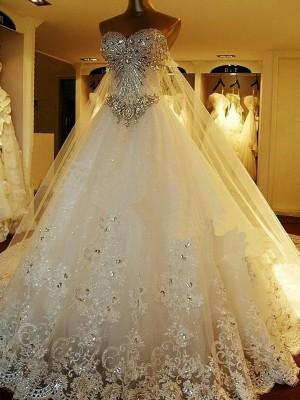 Robe Marquise Amoureux Traîne moyenne Sans manches Tulle Robe de mariée avec Brodé