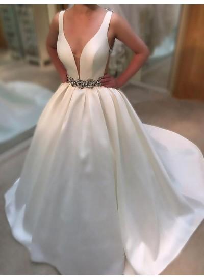 Forme Princesse Col V Traîne moyenne Sans manches Satiné Robe de mariée